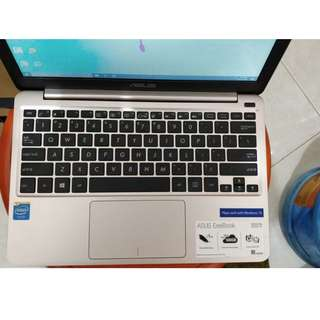 [JUAL SECOND] ASUS X205T GOLD