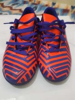 Sepatu Futsal Adidas Predito
