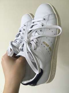 🚚 Adidas深藍Stan smith