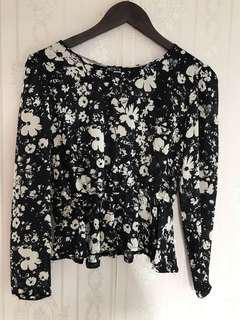 Avenue Flower black