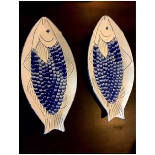 Fish Serving plates X  2