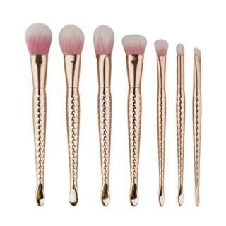 (144)7pcs gold powder hair fish beauty makeup brushes cosmetics tools brush