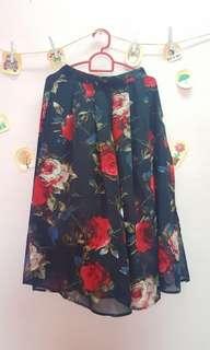 [ Preloved ❤] Floral Skirt