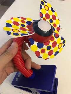Clip on portable fan