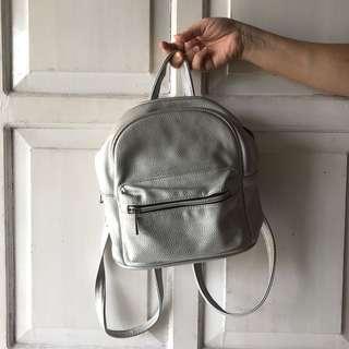 Stradivarius Mini Bagpack