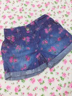 Baby floral denim shorts