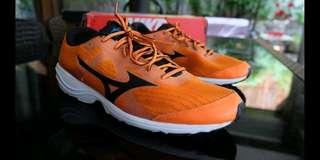 Mizuno Running Shoes ( Nike Adidas )
