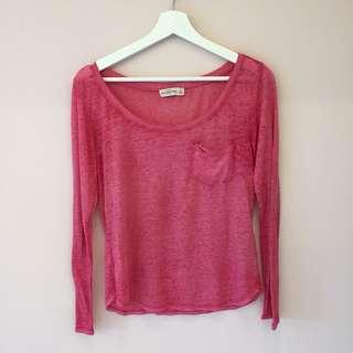 🚚 Abercrombie 粉色短版透膚長袖上衣