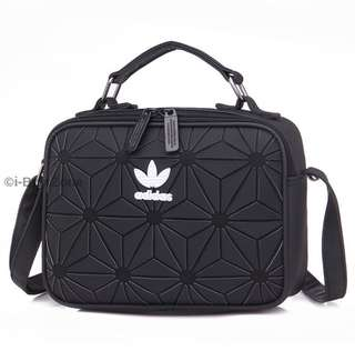 LAST UNIT! FREE POSTAGE + FREE GIFT!! Adidas 3D Sling Bag