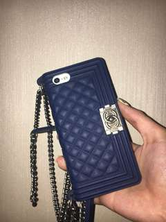 iPhone 5/5s Chanel Casing Navy (with chains)