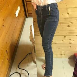 🚚 全新 緊身牛仔褲