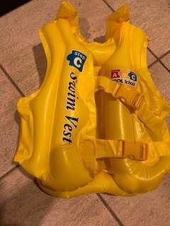 🚚 Swim Vest for kids