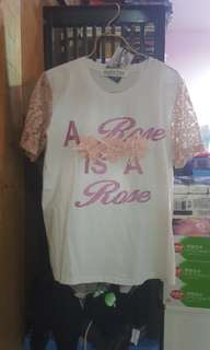 韓國T恤,size: one size,全新未着過、有吊牌,原價$299,特價$199