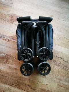 Cocolatte Pockit - Smallest Folded Stroller
