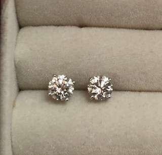 清柜平讓:18K 81份 G/VS1鑽石耳環