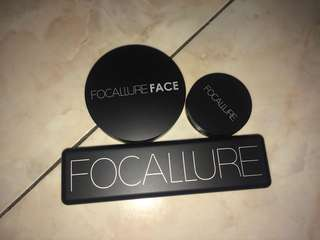 Bedak/blush/eyeshadow focallure