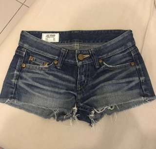 日本製 SLY 顯瘦牛仔短褲
