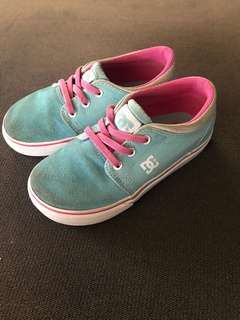 Blue DC shoes for 4-5 years old