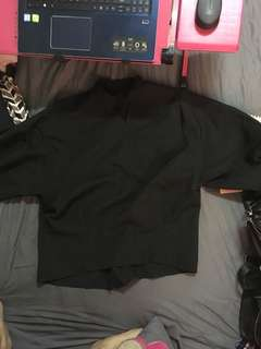黑色小v領襯衫