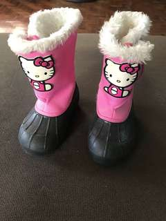 Cute boots for 3-4 yearls old