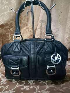 auth MK shoulder leather bag