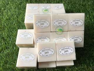 Jam Rice Soap with Collagen