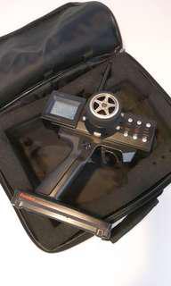 賣futaba當代頂級3頻道遙控器一個。完全正常,眼見甘多,。