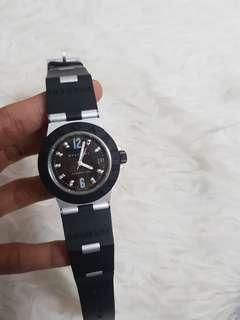 Authentic bvlgari watch rubber black,platdiamond ladies