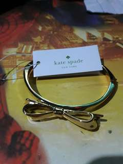 kate spade bow bangle authentic (gold)