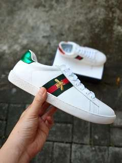 Gucci Ace bee-embroidered trainers