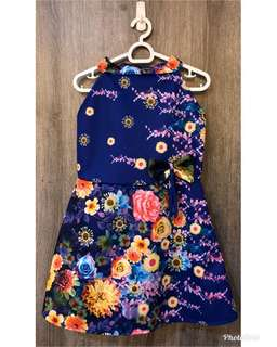 Neoprene floral dress, brand new without tag