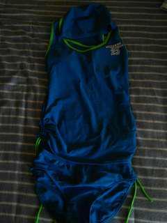 🚚 天空藍背心運動式泳裝