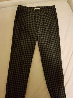 Checkered greyblack pants