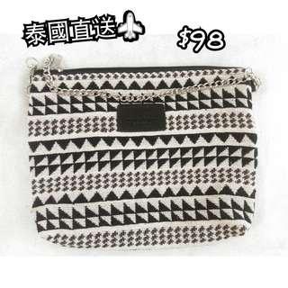 包郵 全新 泰國BKK袋 民族袋 黑白色 小袋仔