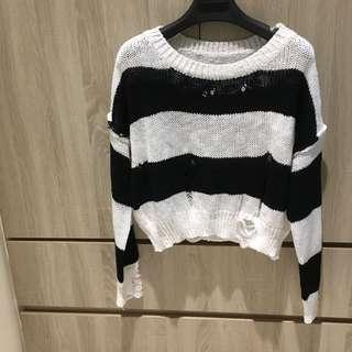 🚚 短版條紋粗針織衫