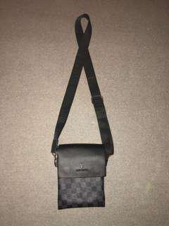 Louis Vuitton sidebag
