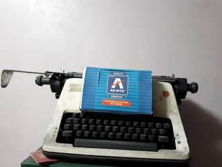 Old Olympie Manual Typewriter rush sale
