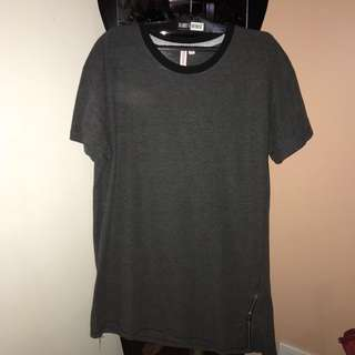 Penshoppe Long Tee with Zipper