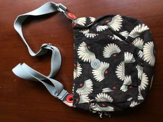 Tas selempang / sling bag wanita