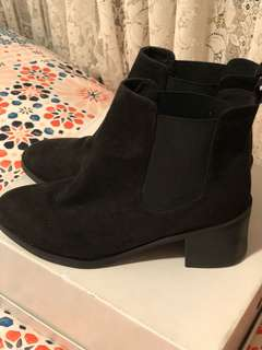 H&M Boots only worn once