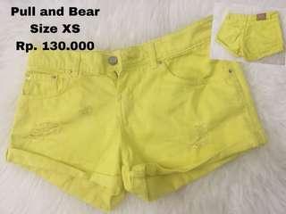#maudecay  Short Pull n Bear