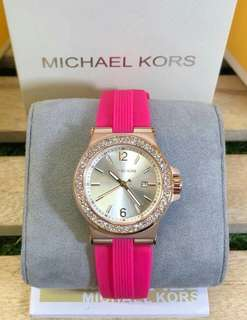 Authentic Quality Michael Kors Watch with stone