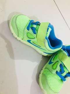 Nike authentic Shoe