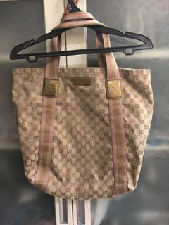 Gucci GG canvas tote gold pink