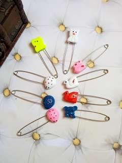 🆕️9 Pieces Large Safety Pin (5cm)