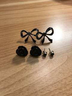 3 Black Earring