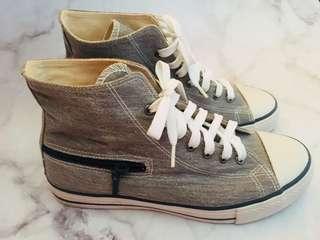 Gozo 造型帆布鞋