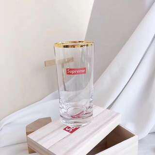 🚚 正品Supreme Bar Glass Bottle 金邊玻璃杯 啤酒杯 果汁杯氣泡水杯 現貨