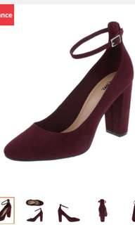 ANKLE STRAP PUMP (Payless)