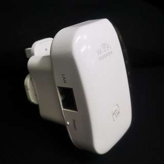 WiFi repeater ( Other shop selling $39 , we offer @$12 only )